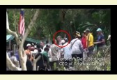 EXCLUSIVE VIDEO: Borneo natives embarrass Taib's obediant Norwegian servant